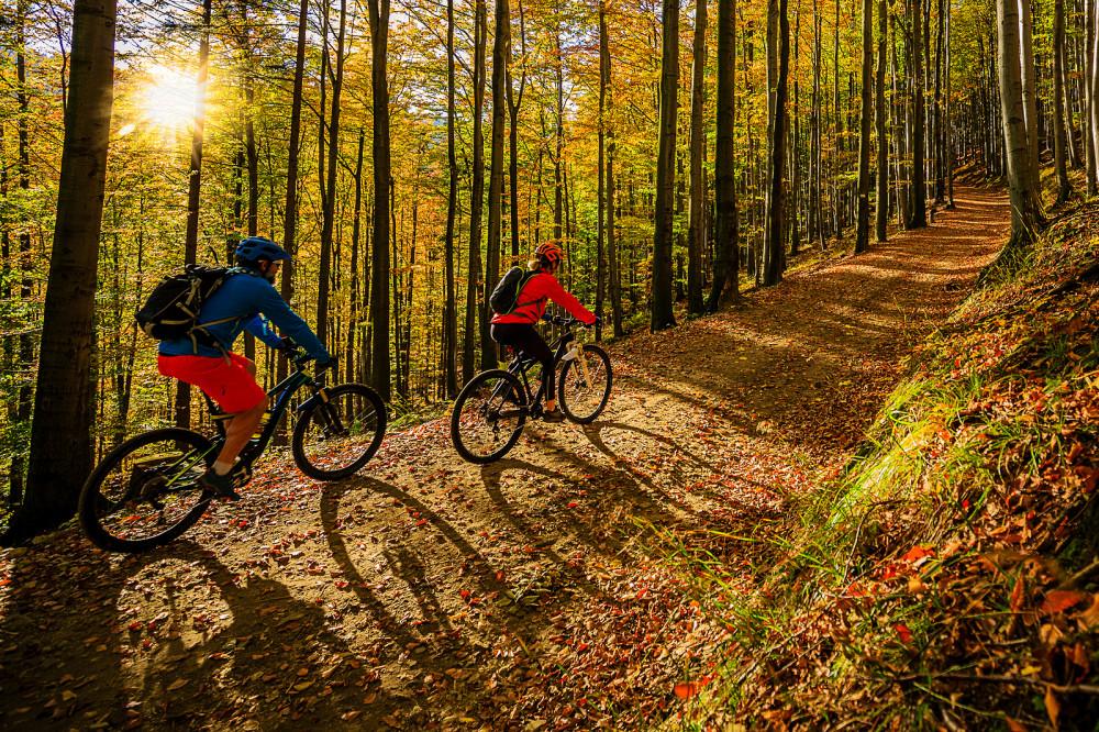 Herbst Fahrrad fahren